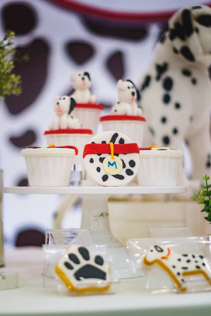 Dalmatian Dog Cupcakes from a Dalmatian Inspired Puppy Birthday Party on Kara's Party Ideas | KarasPartyIdeas.com (10)