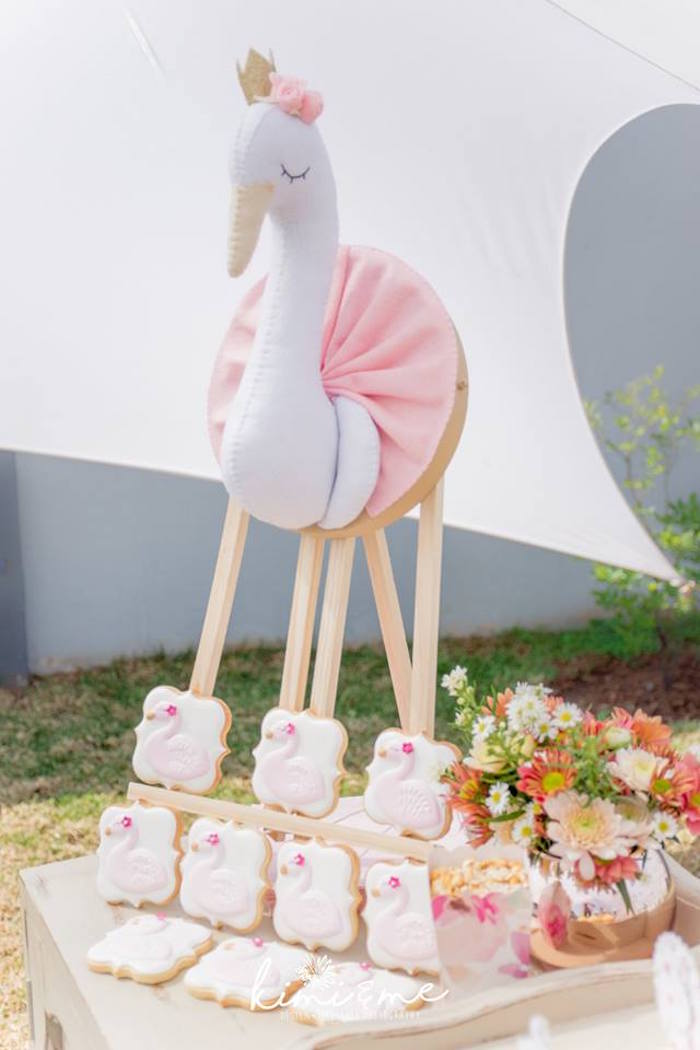 Elegant Swan Baby Shower on Kara's Party Ideas | KarasPartyIdeas.com (11)