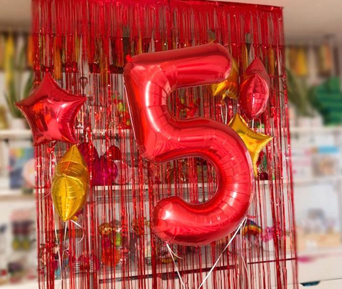 Mylar Balloon + Streamer Backdrop from a Super Mario Birthday Party on Kara's Party Ideas | KarasPartyIdeas.com (5)