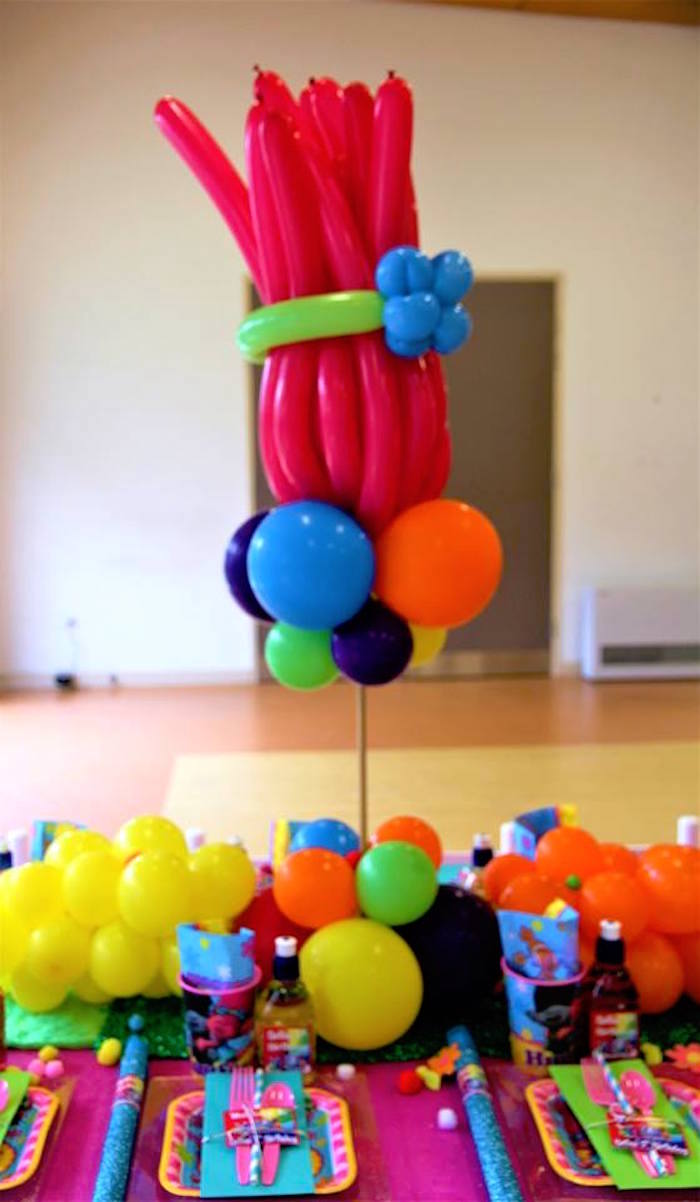 Troll Hair Balloon Centerpiece from a Trolls Birthday Party on Kara's Party Ideas | KarasPartyIdeas.com (10)