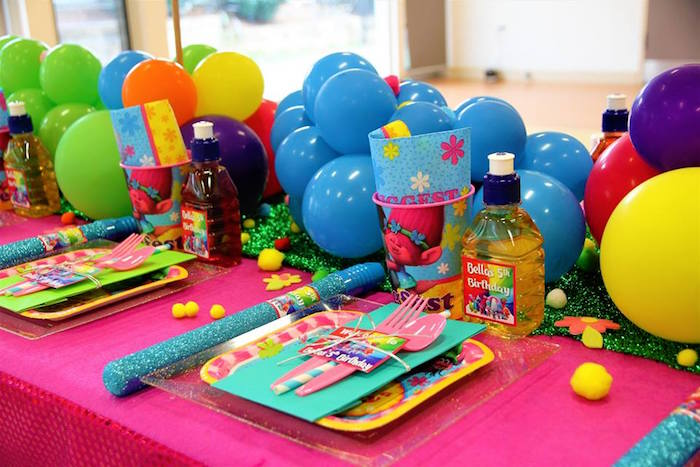 Trolls-inspired Table Setting from a Trolls Birthday Party on Kara's Party Ideas | KarasPartyIdeas.com (7)