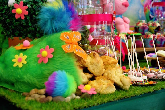 Trolls-inspired Party Table/Detail from a Trolls Birthday Party on Kara's Party Ideas | KarasPartyIdeas.com (15)