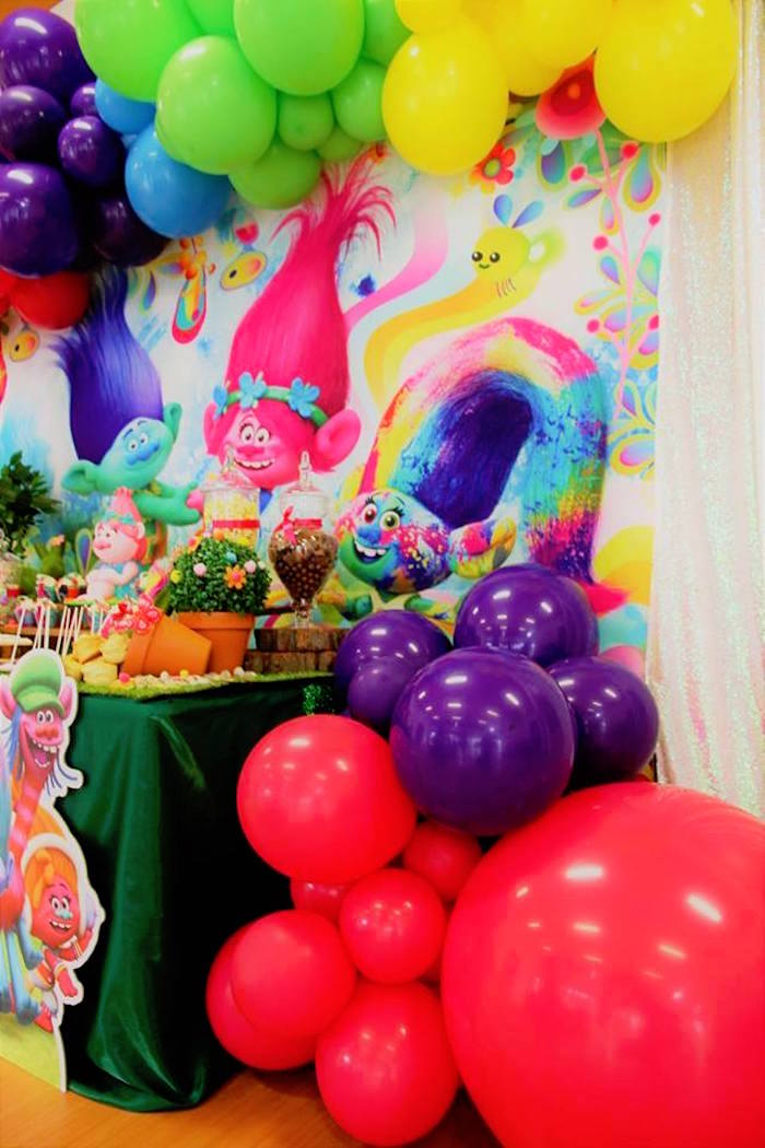 Colorful Balloon Installations + Garland from a Trolls Birthday Party on Kara's Party Ideas | KarasPartyIdeas.com (14)