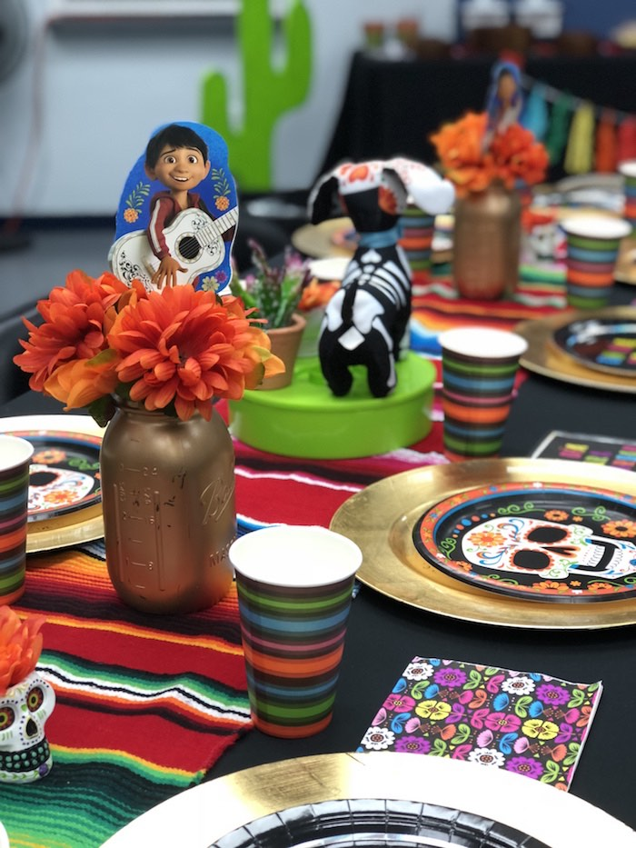 Day of the Dead (Día de Muertos) Fiesta Party Table from a Coco Inspired Birthday Fiesta on Kara's Party Ideas | KarasPartyIdeas.com (8)