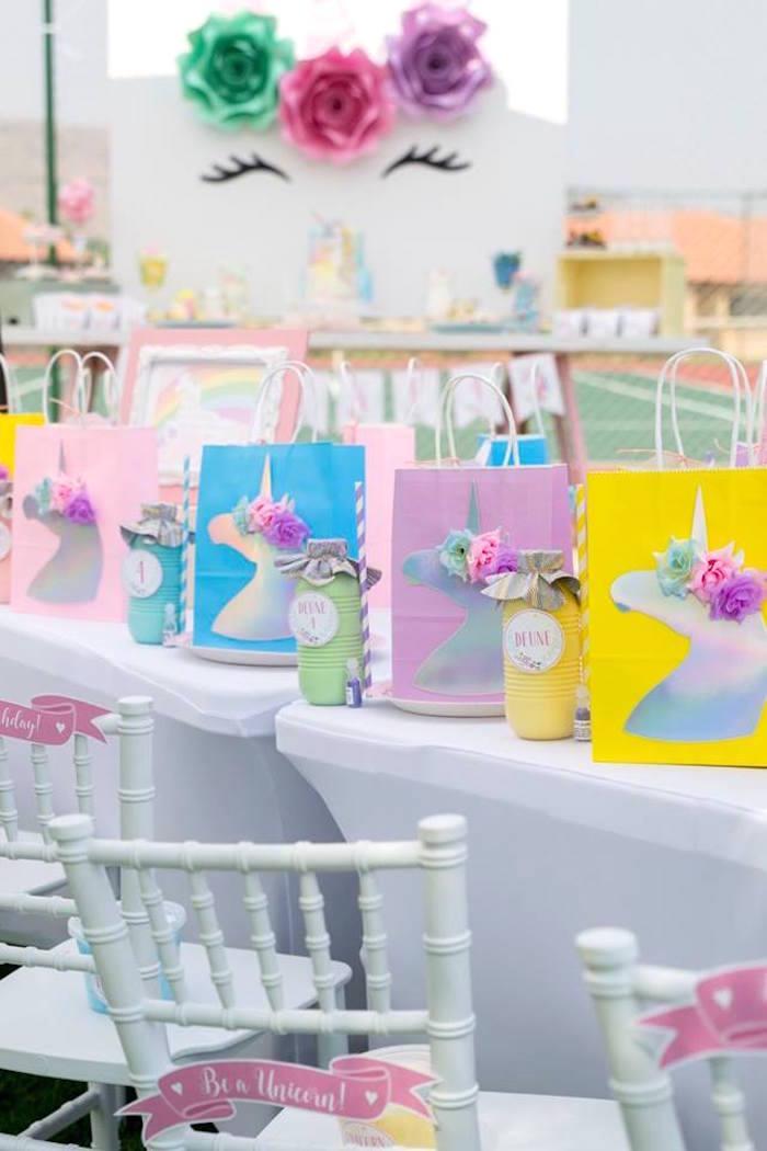 Unicorn Table Settings from a Floral Unicorn Birthday Party on Kara's Party Ideas | KarasPartyIdeas.com (33)