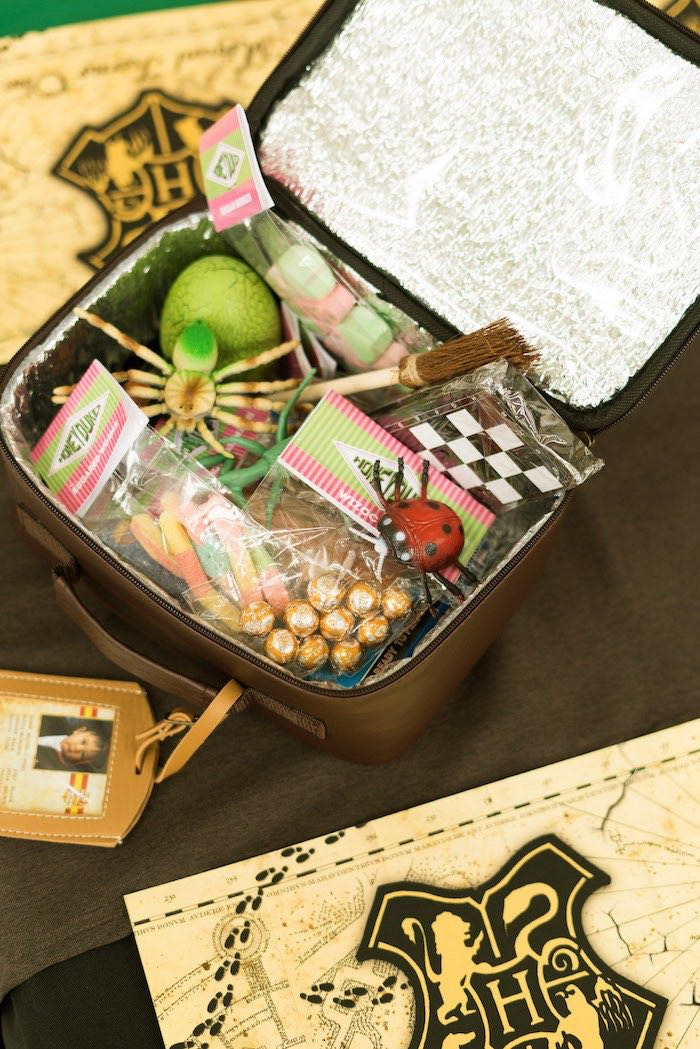 Favor Bag Lunchbox from a Harry Potter Birthday Party on Kara's Party Ideas | KarasPartyIdeas.com (6)
