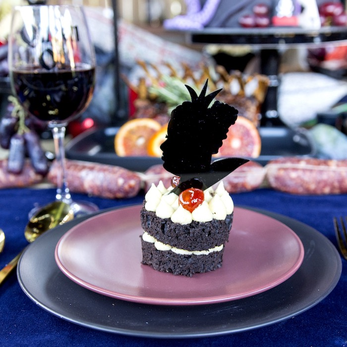 Queen of Oz Table Setting from a Maleficent's Villain Halloween Party on Kara's Party Ideas | KarasPartyIdeas.com (8)
