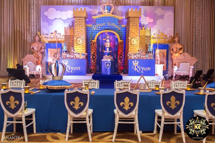 Royal Prince-inspired Guest Table from a Royal Prince Birthday Party on Kara's Party Ideas | KarasPartyIdeas.com (11)