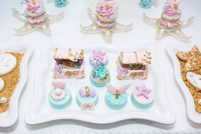 Under the Sea Oreos + Treasure Box Cakes from a Sparkles Under the Sea Party on Kara's Party Ideas | KarasPartyIdeas.com (21)