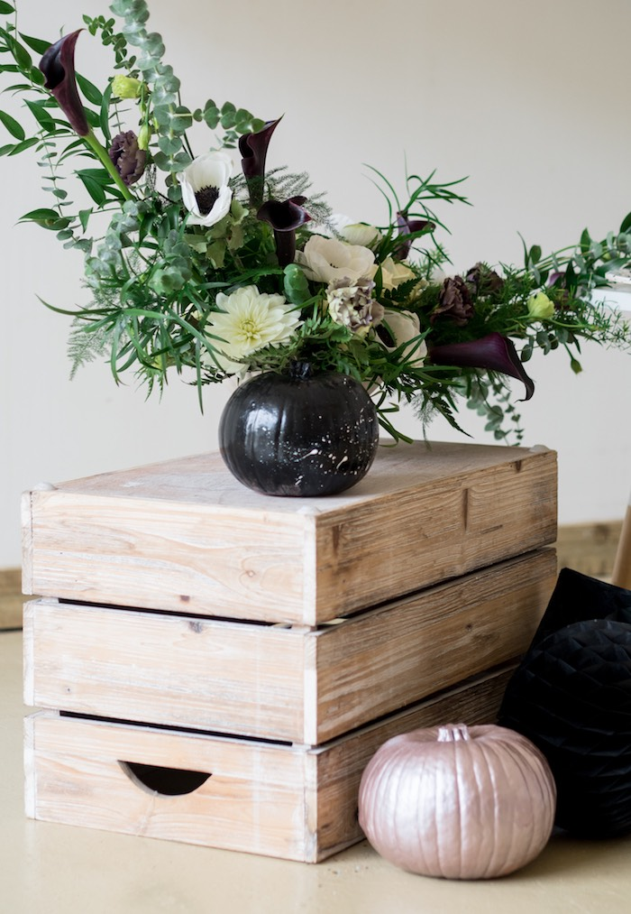Halloween Blooms from a Spooky Swan Soiree on Kara's Party Ideas | KarasPartyIdeas.com (9)