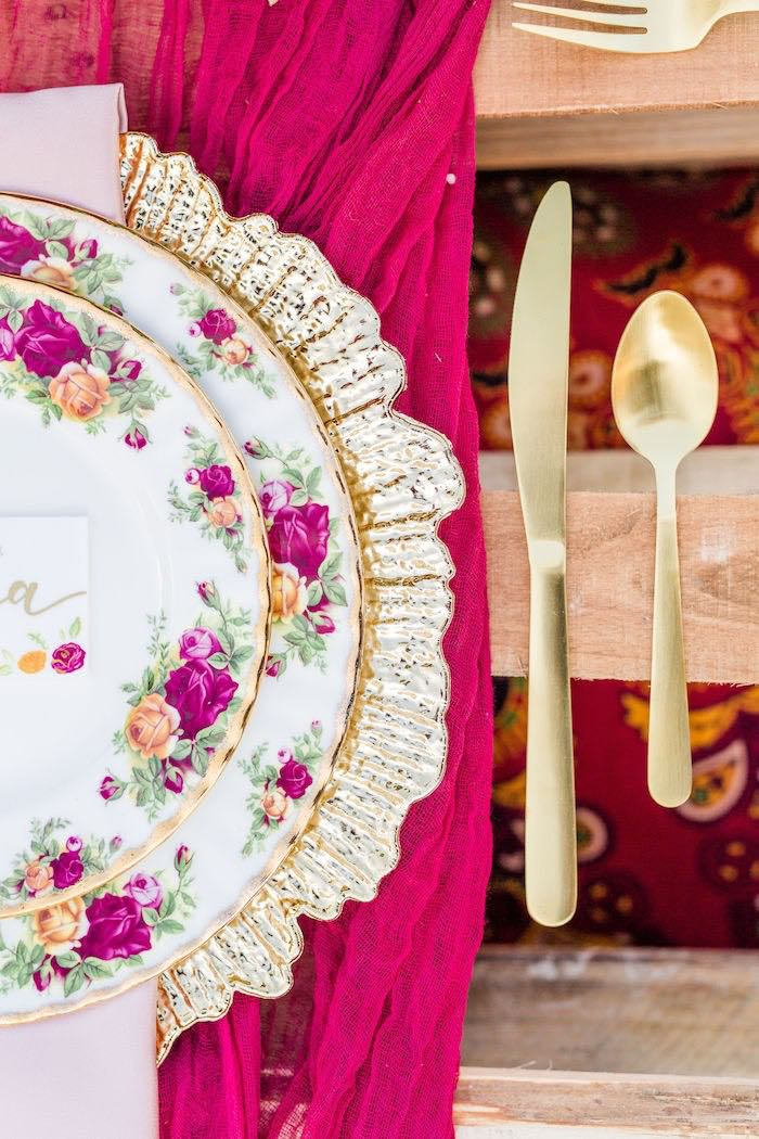 Floral Table Setting with Gold Flatware from a Boho Chic Friendsgiving Party on Kara's Party Ideas | KarasPartyIdeas.com (30)