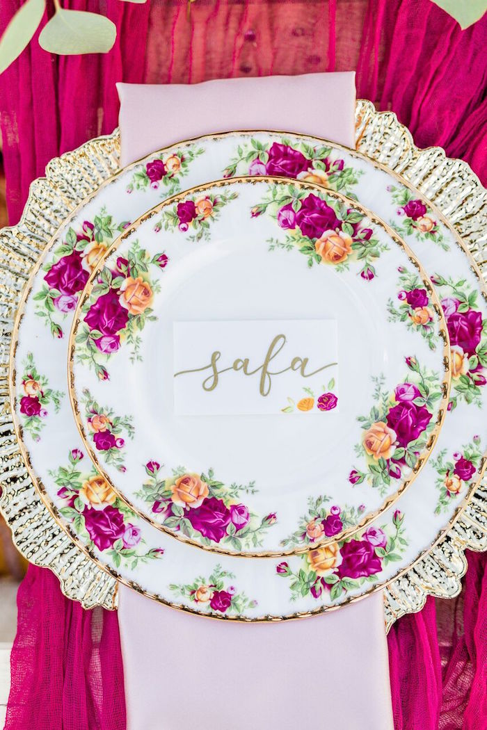 Floral + Gold Table Setting from a Boho Chic Friendsgiving Party on Kara's Party Ideas | KarasPartyIdeas.com (29)