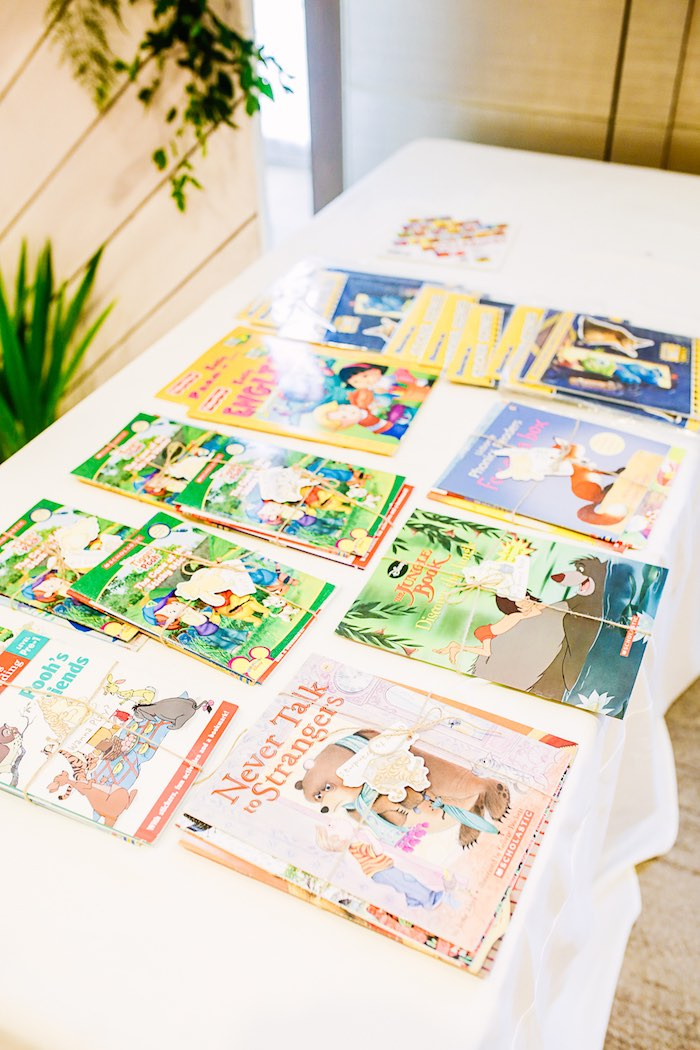 Favor Books from a Christopher Robin + Winnie the Pooh Birthday Party on Kara's Party Ideas | KarasPartyIdeas.com (9)
