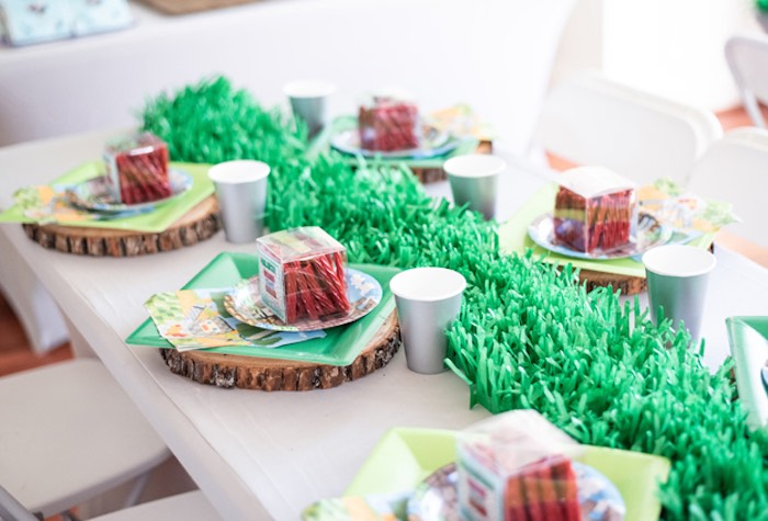 Minecraft Themed Dining Table from an Epic Minecraft Birthday Party on Kara's Party Ideas | KarasPartyIdeas.com (28)