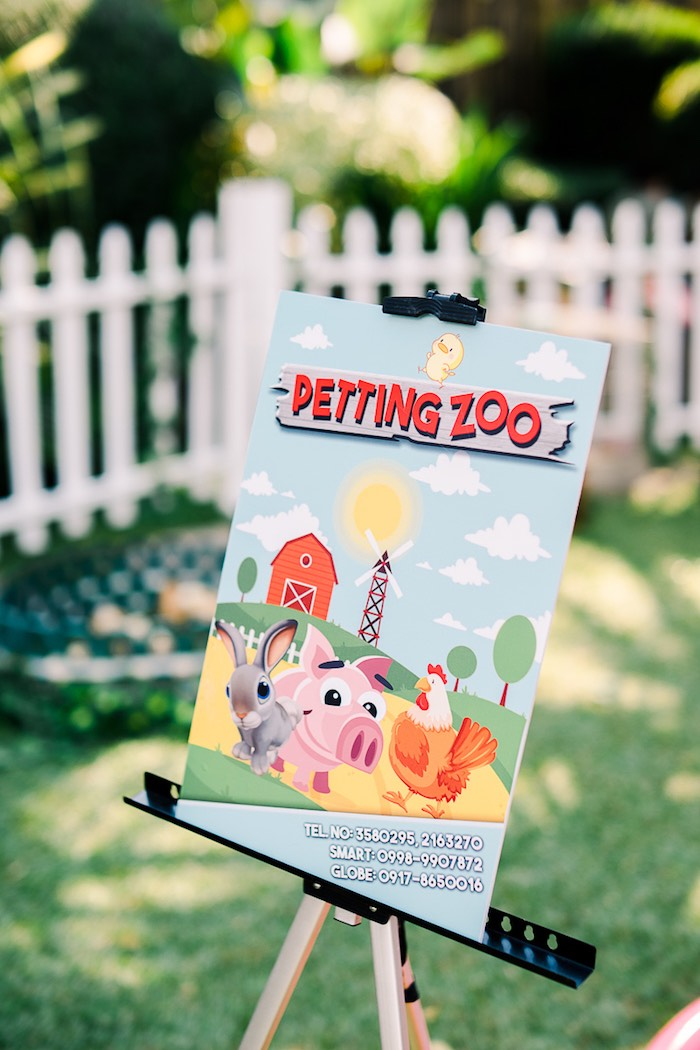 Barnyard Petting Zoo Sign from a Farm Animal Birthday Party on Kara's Party Ideas   KarasPartyIdeas.com (9)