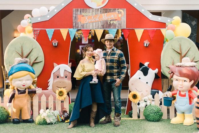 Farmyard Backdrop from a Farm Animal Birthday Party on Kara's Party Ideas   KarasPartyIdeas.com (4)