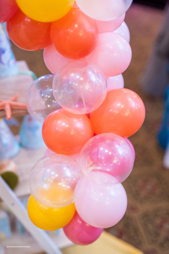 Under the Sea Balloon Installation from a Baby Shark Birthday Party on Kara's Party Ideas   KarasPartyIdeas.com (4)