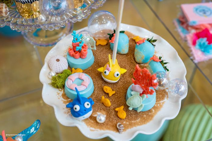 Under the Sea Fish Cake Pops + Oreos from a Baby Shark Birthday Party on Kara's Party Ideas | KarasPartyIdeas.com (25)