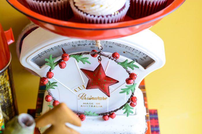 Star and Wreath from a Rustic Australian Christmas Dessert Table on Kara's Party Ideas | KarasPartyIdeas.com (31)