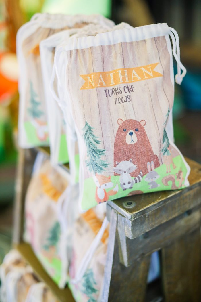 Woodland Favor Bags from a Woodland 1st Birthday Party on Kara's Party Ideas | KarasPartyIdeas.com (3)