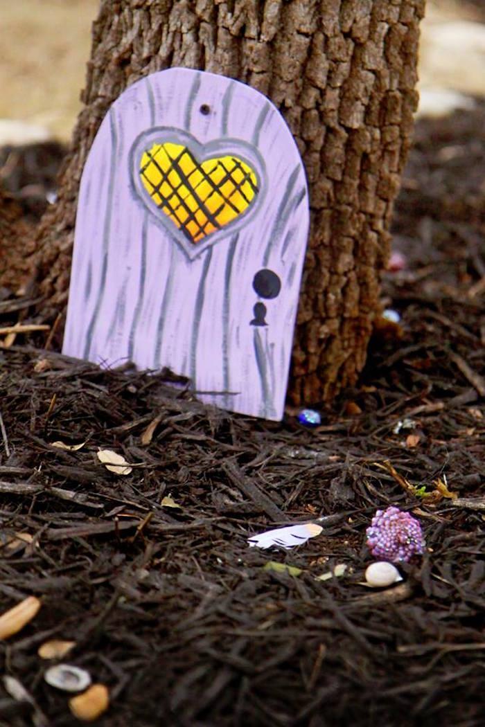 Fairy Door on a Tree from a Woodland Fairy Party on Kara's Party Ideas | KarasPartyIdeas.com (37)
