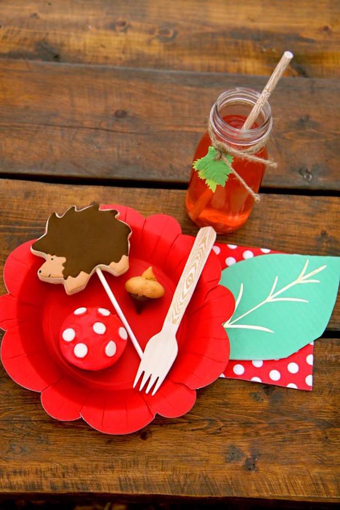 Woodland Table Setting from a Woodland Fairy Party on Kara's Party Ideas | KarasPartyIdeas.com (7)