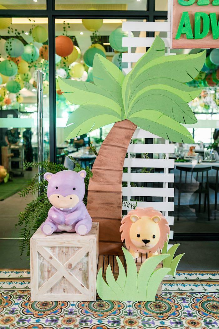 Jungle Animal Backdrop from a Jungle Safari Birthday Party on Kara's Party Ideas | KarasPartyIdeas.com (22)