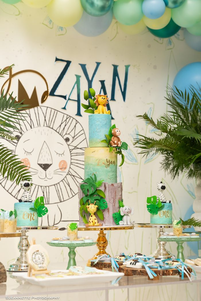 Jungle Animal Cake from a Modern Jungle Birthday Party on Kara's Party Ideas | KarasPartyIdeas.com (21)