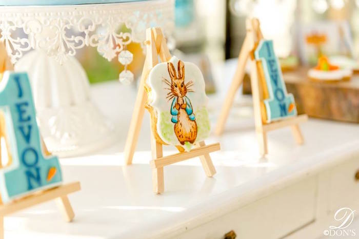Peter Rabbit Easel Cookie from a Vintage Peter Rabbit Birthday Party on Kara's Party Ideas | KarasPartyIdeas.com (11)