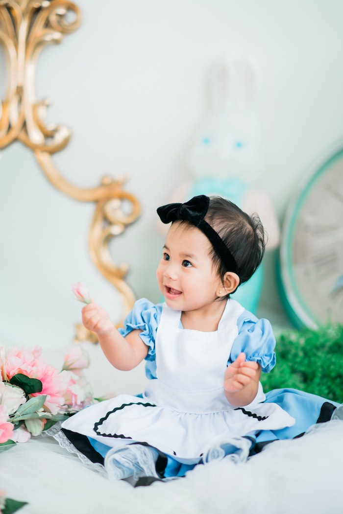 Alice in Wonderland First Birthday Party on Kara's Party Ideas | KarasPartyIdeas.com (30)