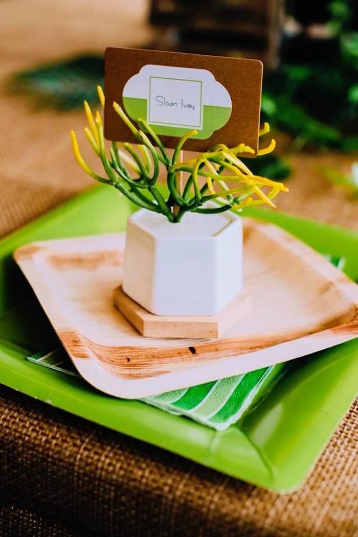 Bug-inspired Table Setting from a Birthday Bug Bash on Kara's Party Ideas | KarasPartyIdeas.com (15)