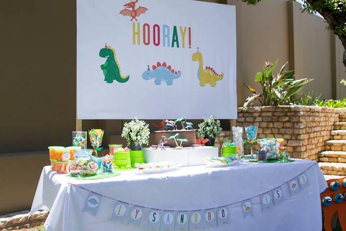 Dinosaur Birthday Party on Kara's Party Ideas | KarasPartyIdeas.com (30)