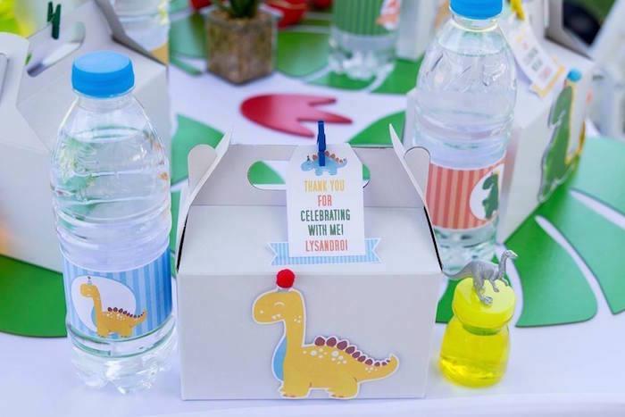 Dinosaur Gable Lunchbox + Table Setting from a Dinosaur Birthday Party on Kara's Party Ideas | KarasPartyIdeas.com (17)