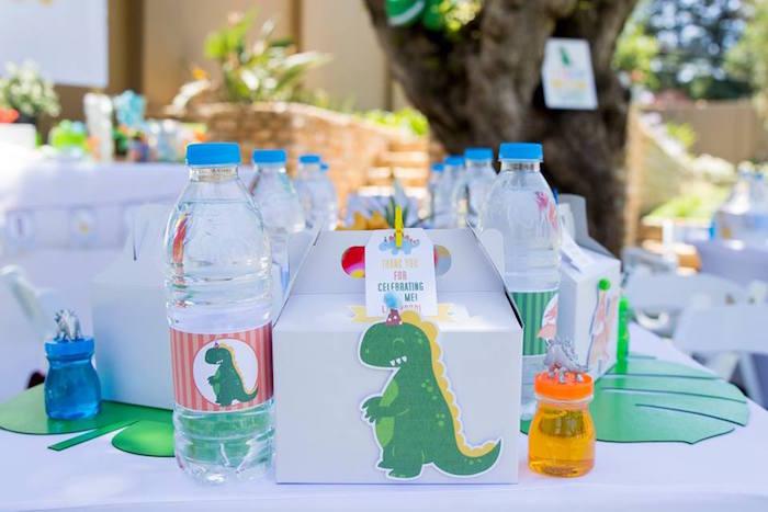 Dinosaur Themed Table Setting from a Dinosaur Birthday Party on Kara's Party Ideas | KarasPartyIdeas.com (38)