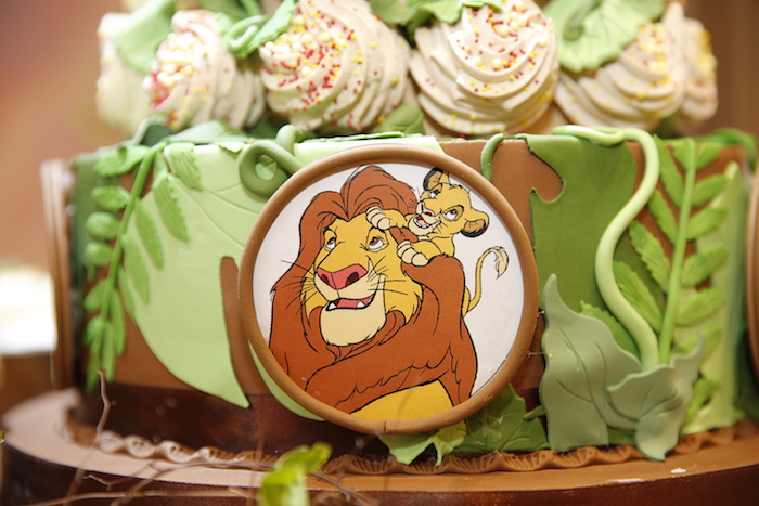 """Lion King-inspired Cake from a Lion King """"Circle of Life"""" Party on Kara's Party Ideas 