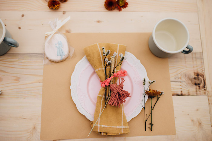 Prairie-inspired Table Setting from a Modern Rustic Prairie Girl Party on Kara's Party Ideas | KarasPartyIdeas.com (34)