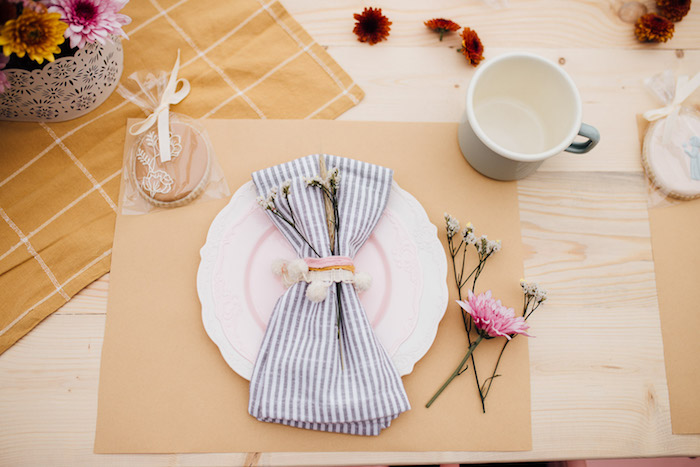 Prairie-inspired Table Setting from a Modern Rustic Prairie Girl Party on Kara's Party Ideas | KarasPartyIdeas.com (33)