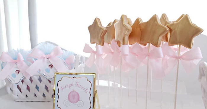 Princess Dress-Up Birthday Party on Kara's Party Ideas | KarasPartyIdeas.com (1)