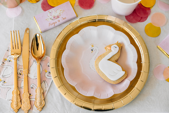 Swan Sugar Cookie + Table Setting from a Stylish Swan Birthday Party on Kara's Party Ideas | KarasPartyIdeas.com (30)