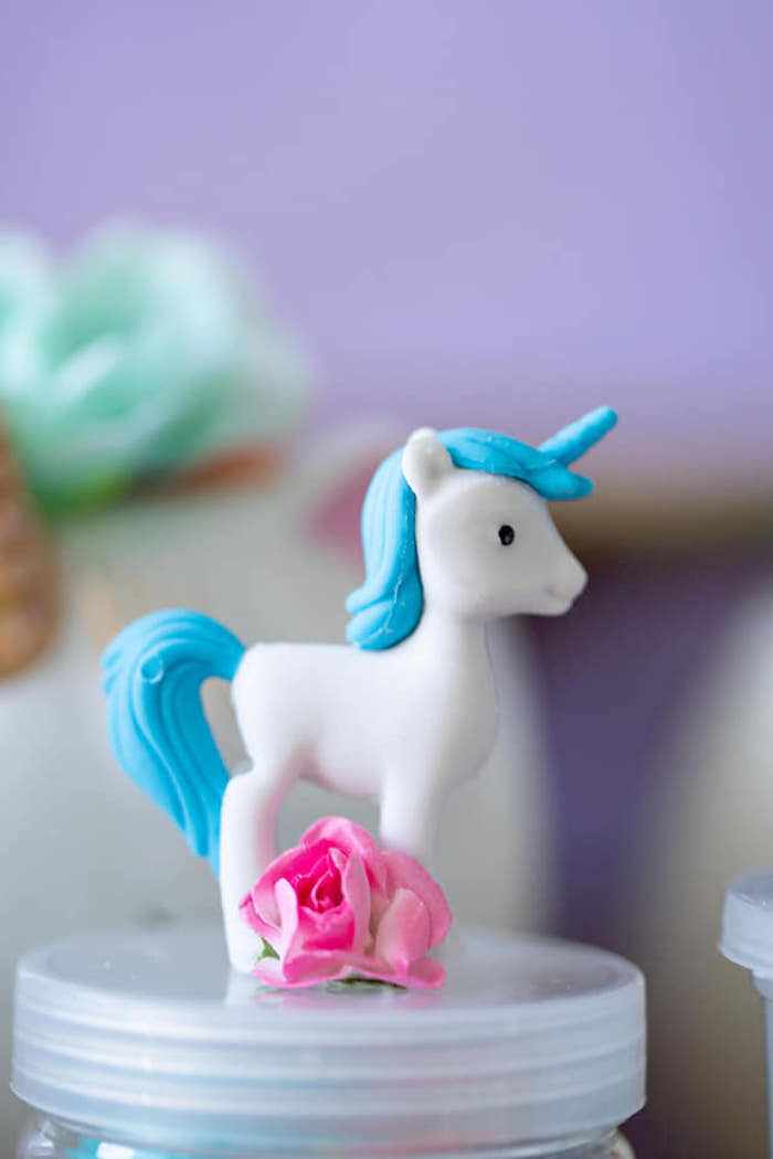 Unicorn Favor Jar Topper from a Unicorns and Mermaids Birthday Party on Kara's Party Ideas | KarasPartyIdeas.com (7)