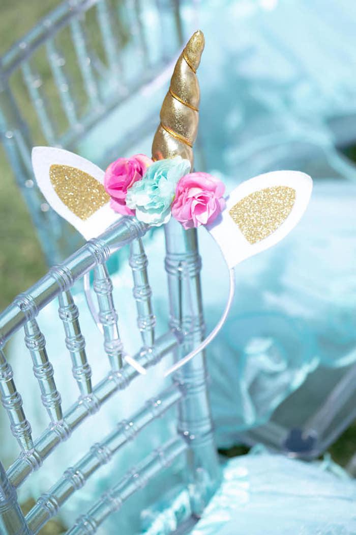 Unicorn Headband from a Unicorns and Mermaids Birthday Party on Kara's Party Ideas | KarasPartyIdeas.com (6)