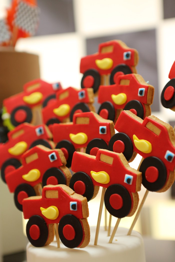 Blaze the Monster Truck Sugar Cookie Pops from a Blaze and the Monster Machine Birthday Party on Kara's Party Ideas | KarasPartyIdeas.com (17)