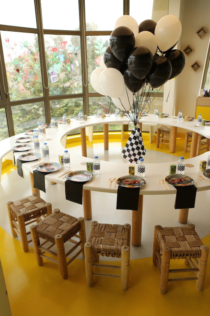 Circle-shaped Kid Table from a Blaze and the Monster Machine Birthday Party on Kara's Party Ideas | KarasPartyIdeas.com (12)