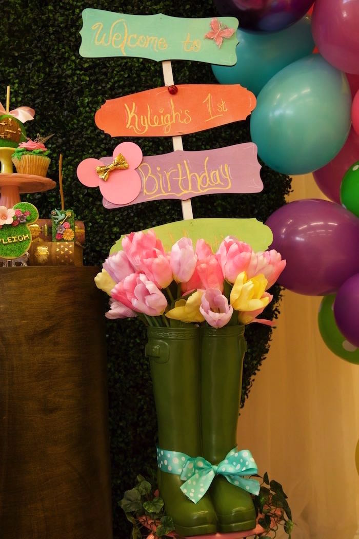 Garden Boot & Bloom Sign from a Minnie Mouse Enchanted Garden Party on Kara's Party Ideas | KarasPartyIdeas.com (16)