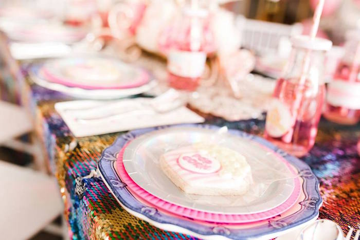 Circus Themed Table Setting from a Modern Classic Circus Party on Kara's Party Ideas | KarasPartyIdeas.com (27)