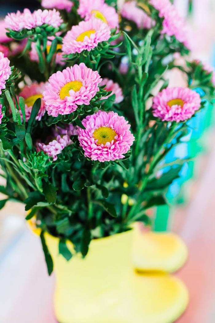 Rain boot blooms from a Peppa Pig Birthday Party on Kara's Party Ideas | KarasPartyIdeas.com (16)