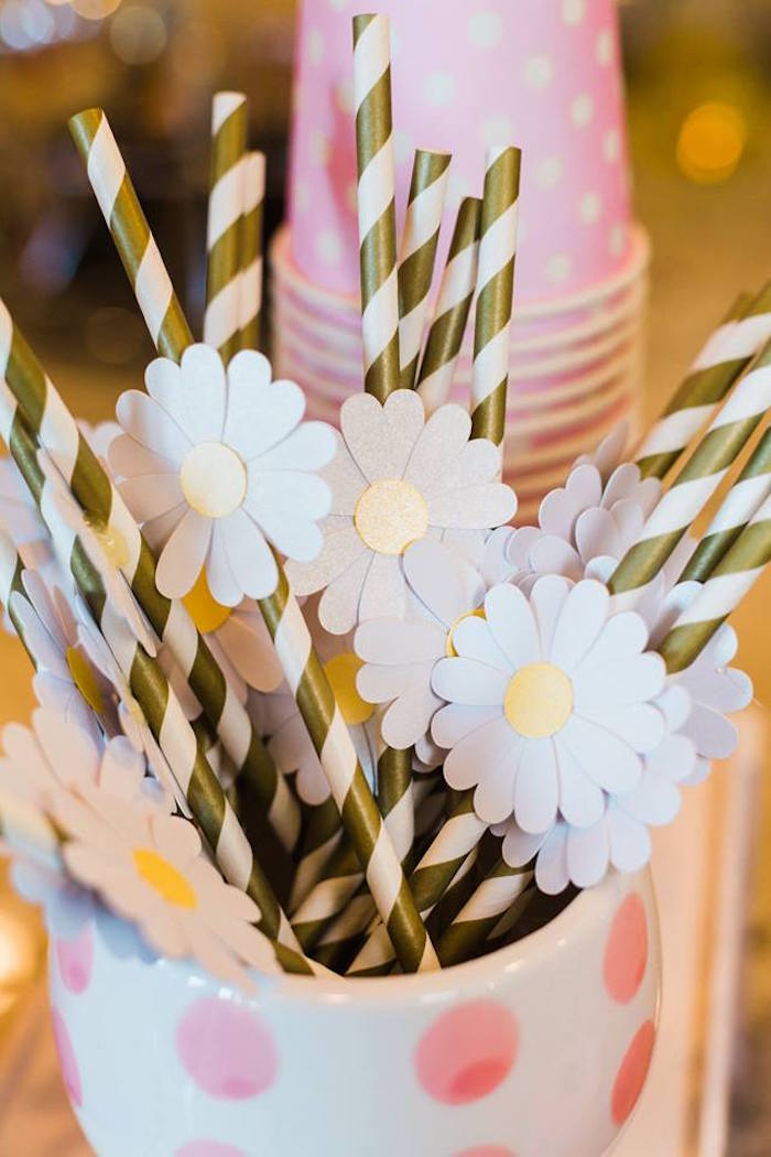 Daisy Straws from a Peppa Pig Birthday Party on Kara's Party Ideas | KarasPartyIdeas.com (34)
