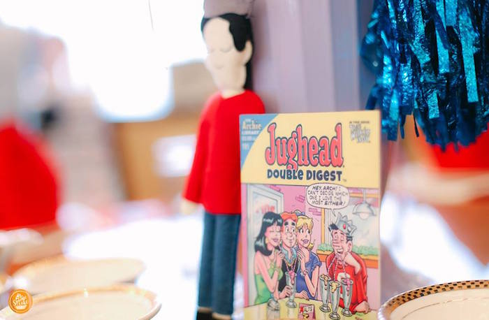 Jughead Double Digest + Table Centerpiece from a Riverdale High Comic Themed Birthday Party on Kara's Party Ideas | KarasPartyIdeas.com (8)