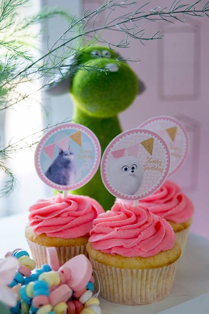 Secret Life of Pets Cupcakes from a Secret Life of Pets Birthday Party on Kara's Party Ideas | KarasPartyIdeas.com (23)