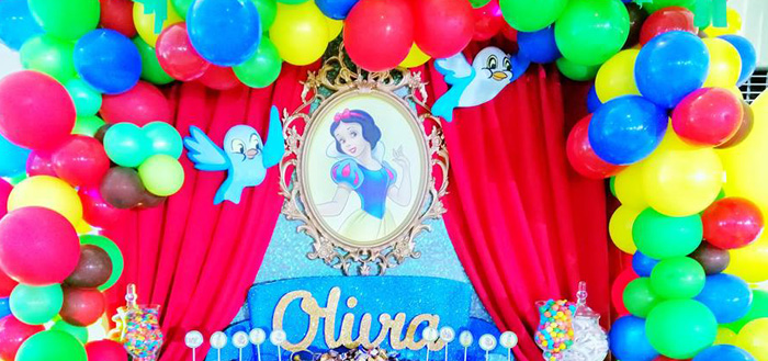 Snow White Birthday Party on Kara's Party Ideas | KarasPartyIdeas.com (4)